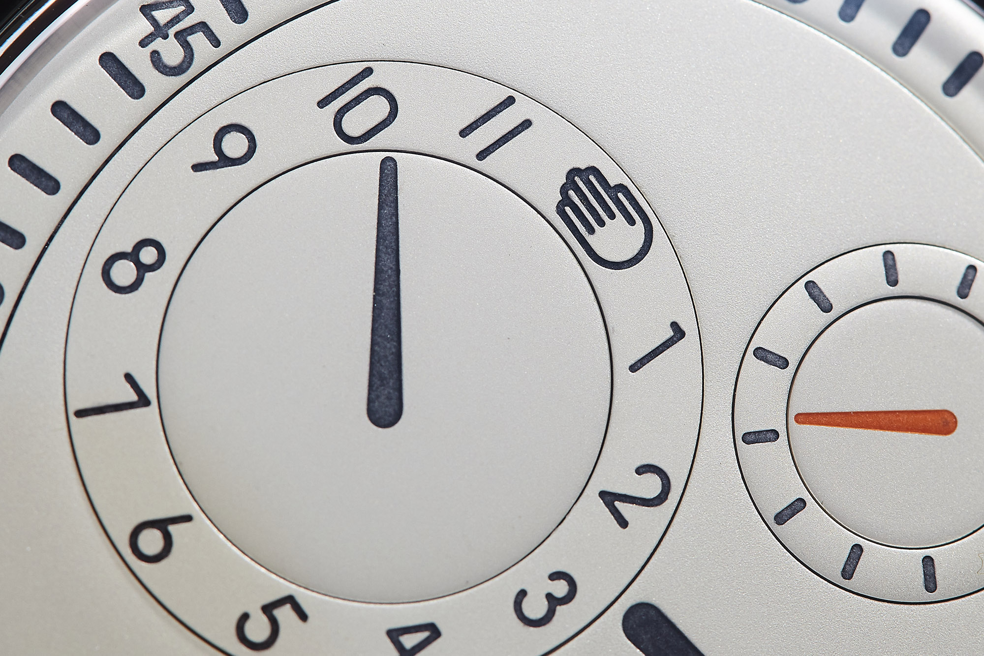 Ressence_Type1_Silver_Dial_4_site.jpg