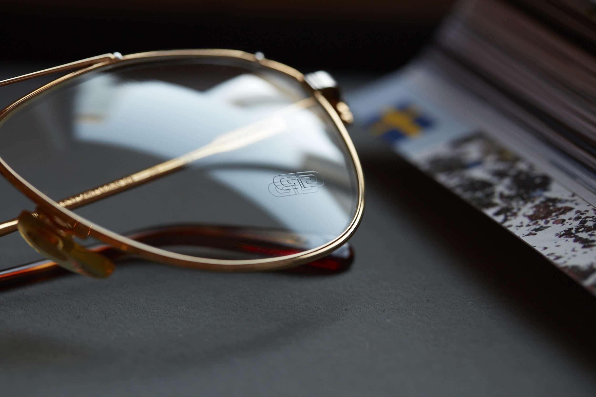 Gerald_Genta_Sun-ye_Glasses_NOS_1_site.jpg