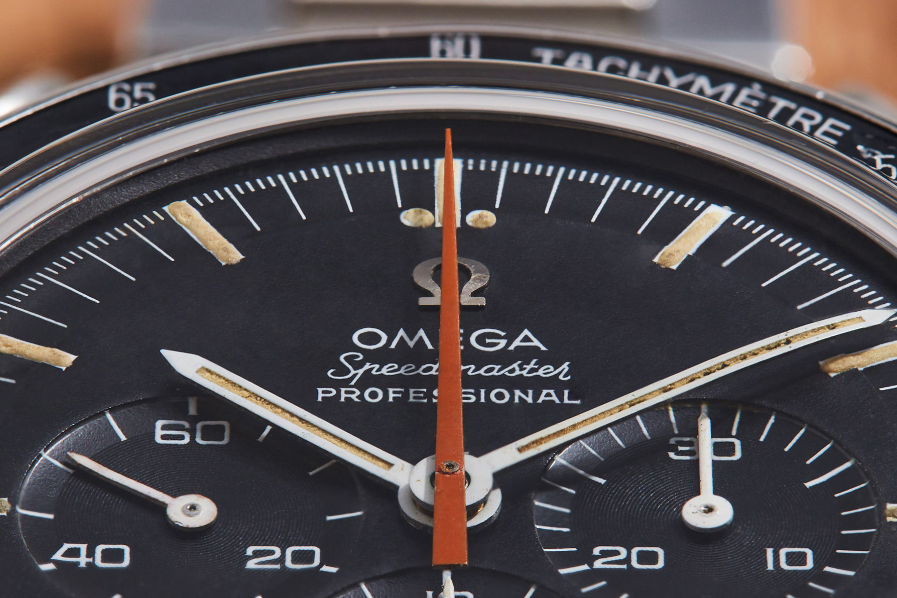 Omega_Speedmaster_Professional_Ultraman_Extract_AS02680_IG2 site.jpg