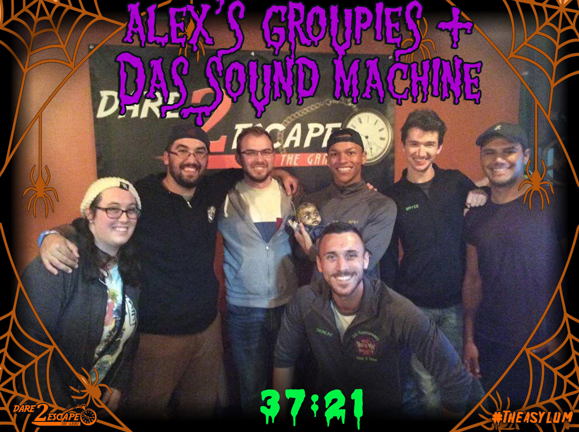 Alex_s Groupies + Das Sound Machine 37_21.jpg