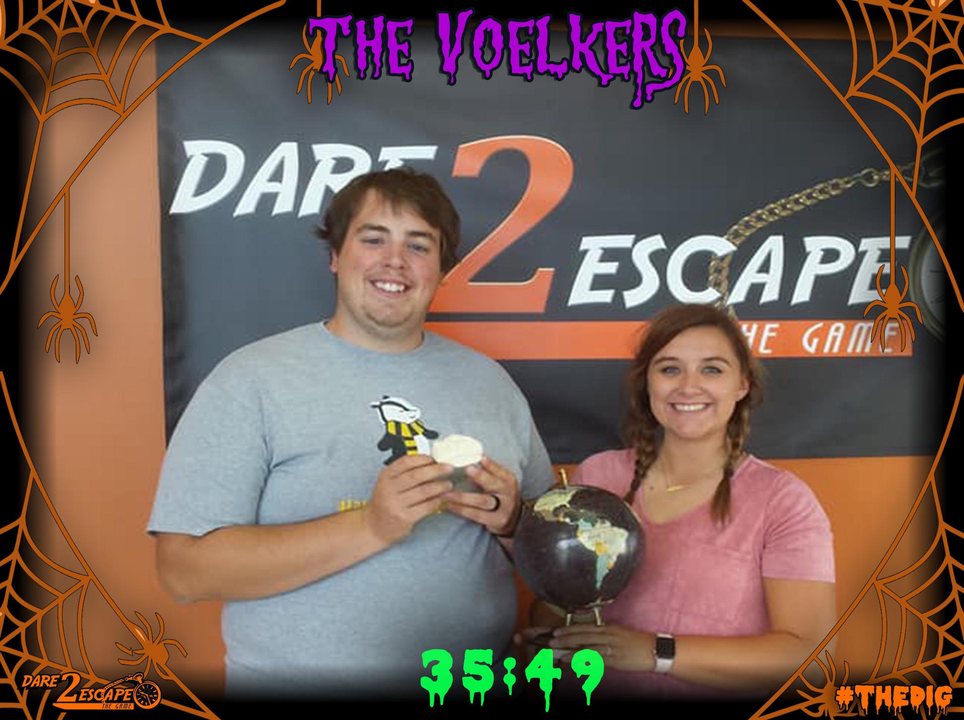 02 The Voelkers 35_54.jpg