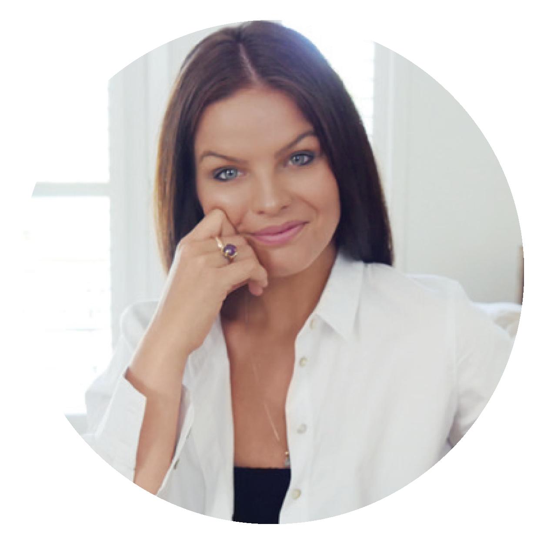 Lizzie Robinson, Brand Developer at Elizabeth Jean Branding