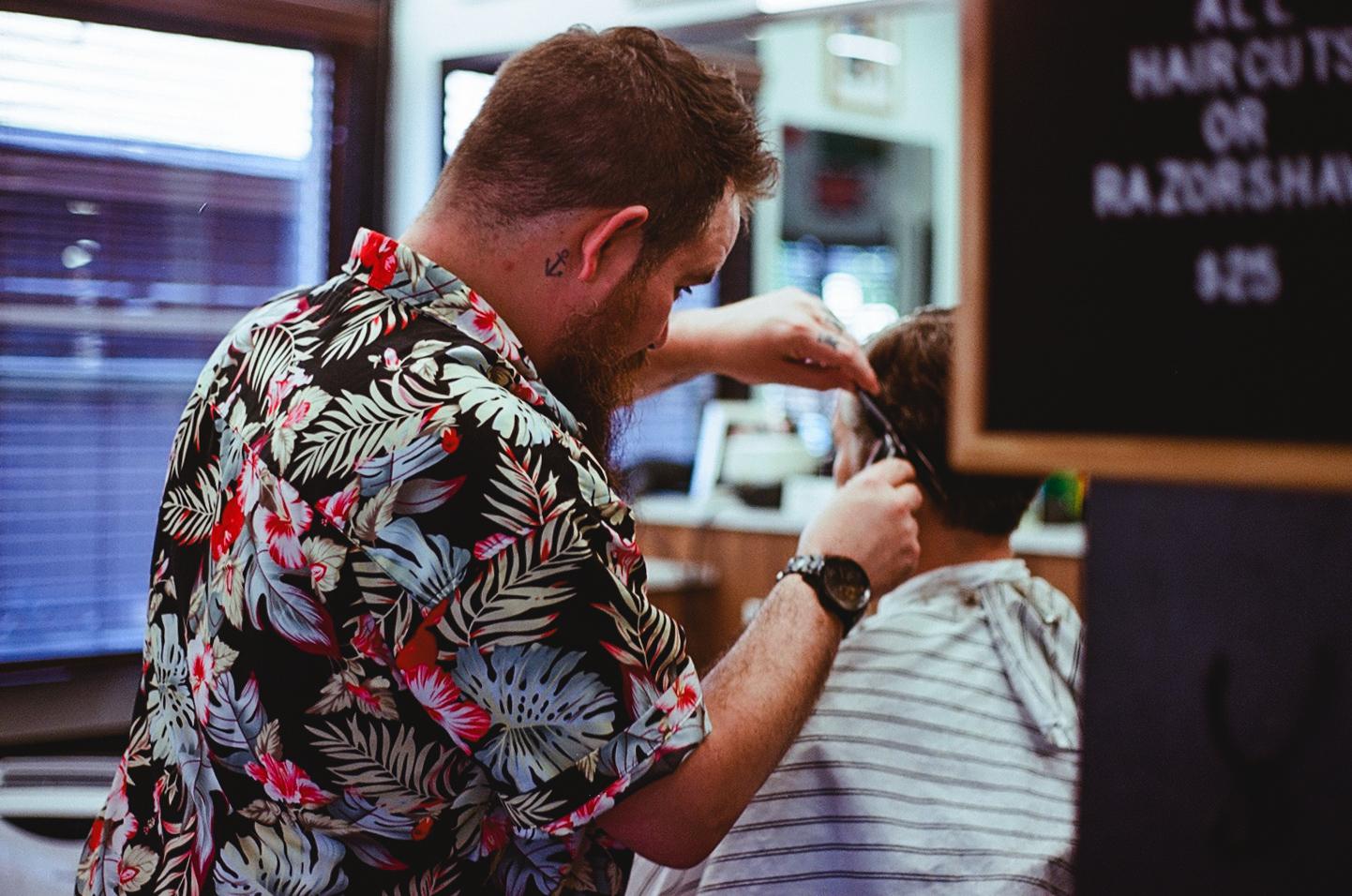 000018890030_lyles barbershop_20190517.jpg