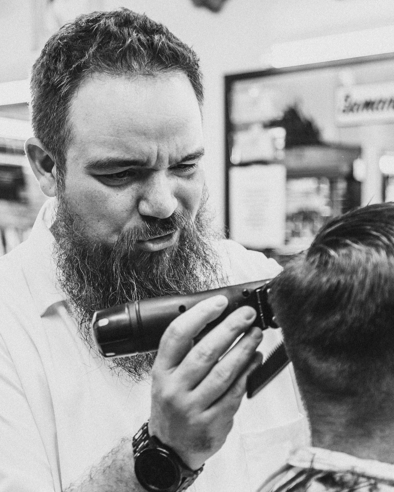 _Y1D9008_Lyles Barbershop_20190627-2.jpg
