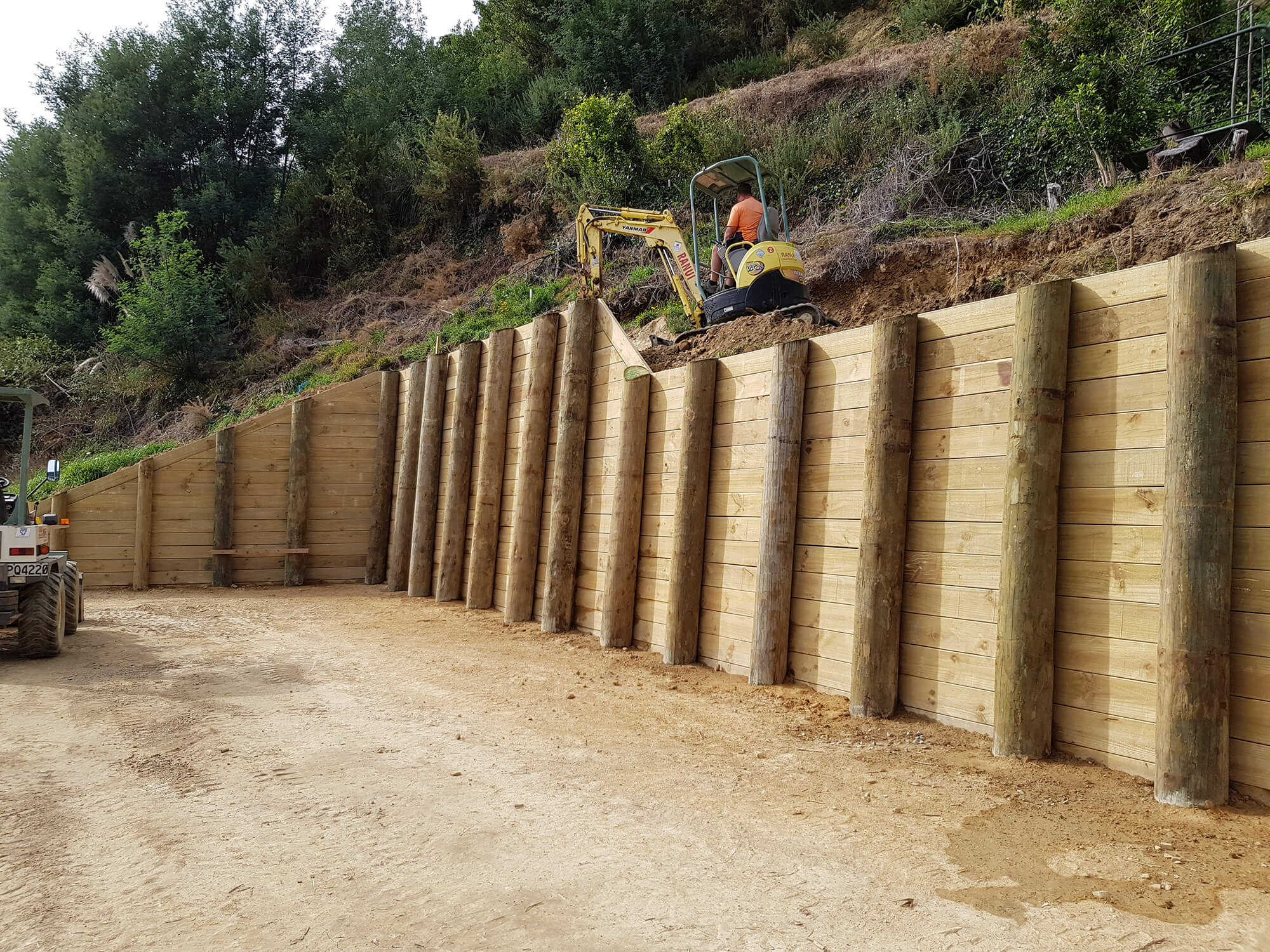 Large-Timber-Retaining-Wall.jpg