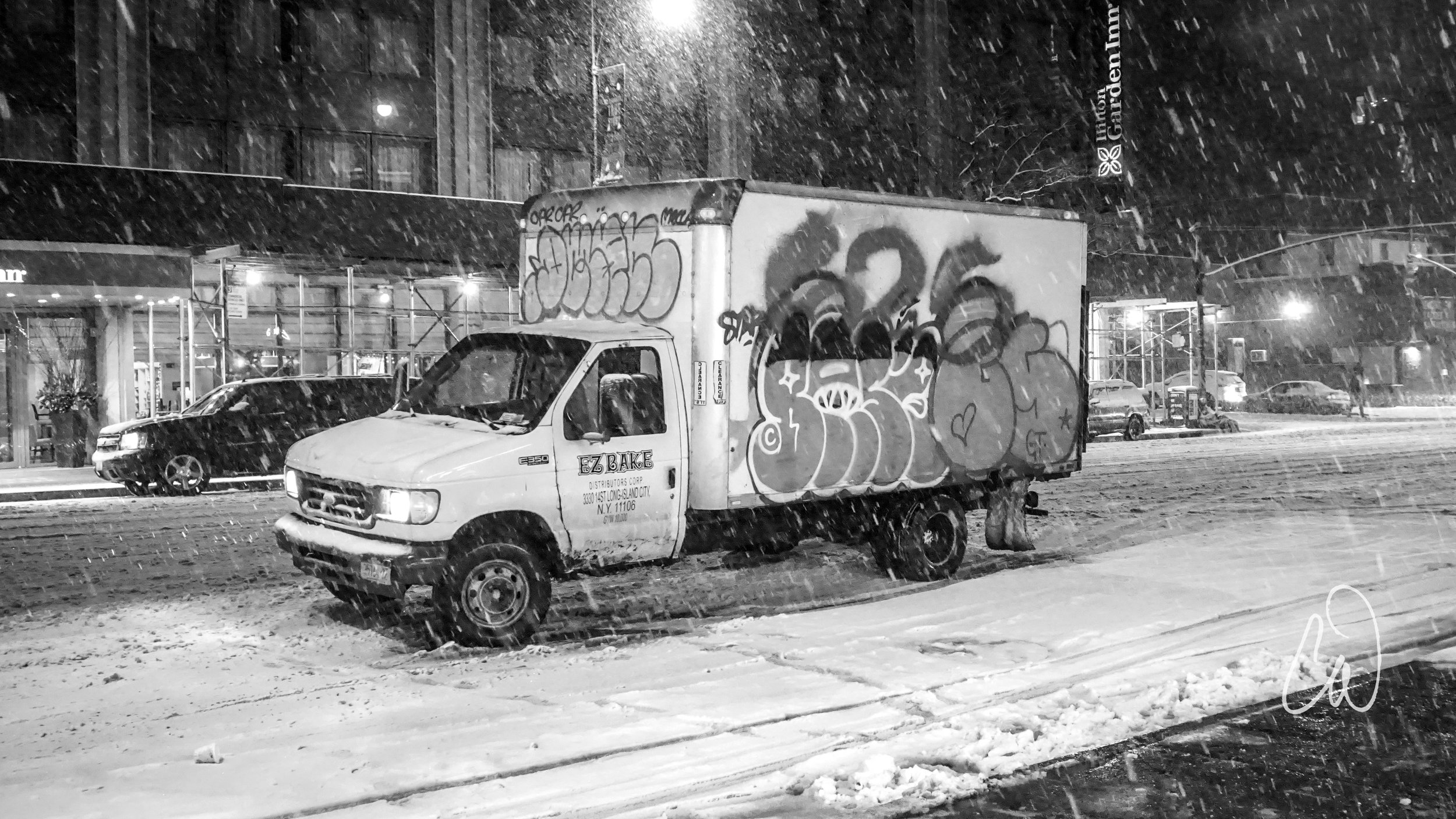 SnowGrafittiTruckLogo.jpg