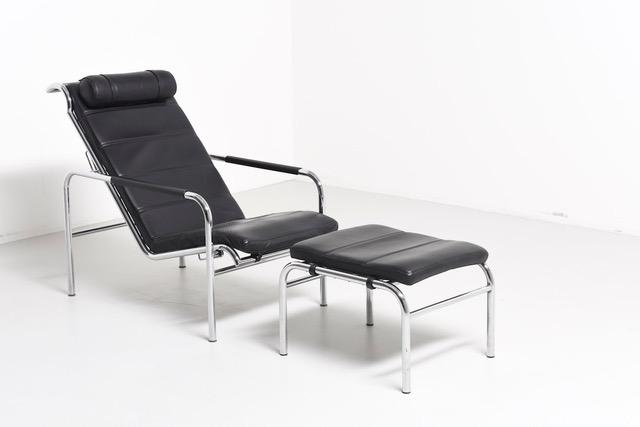 modest.furniture_vintage_1625-zanotta-920-genni-lounge-chair.01.jpeg