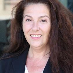 Anne-Marie Van Rampaey - Gründerin und Geschäftsleiterin Ava Conseils