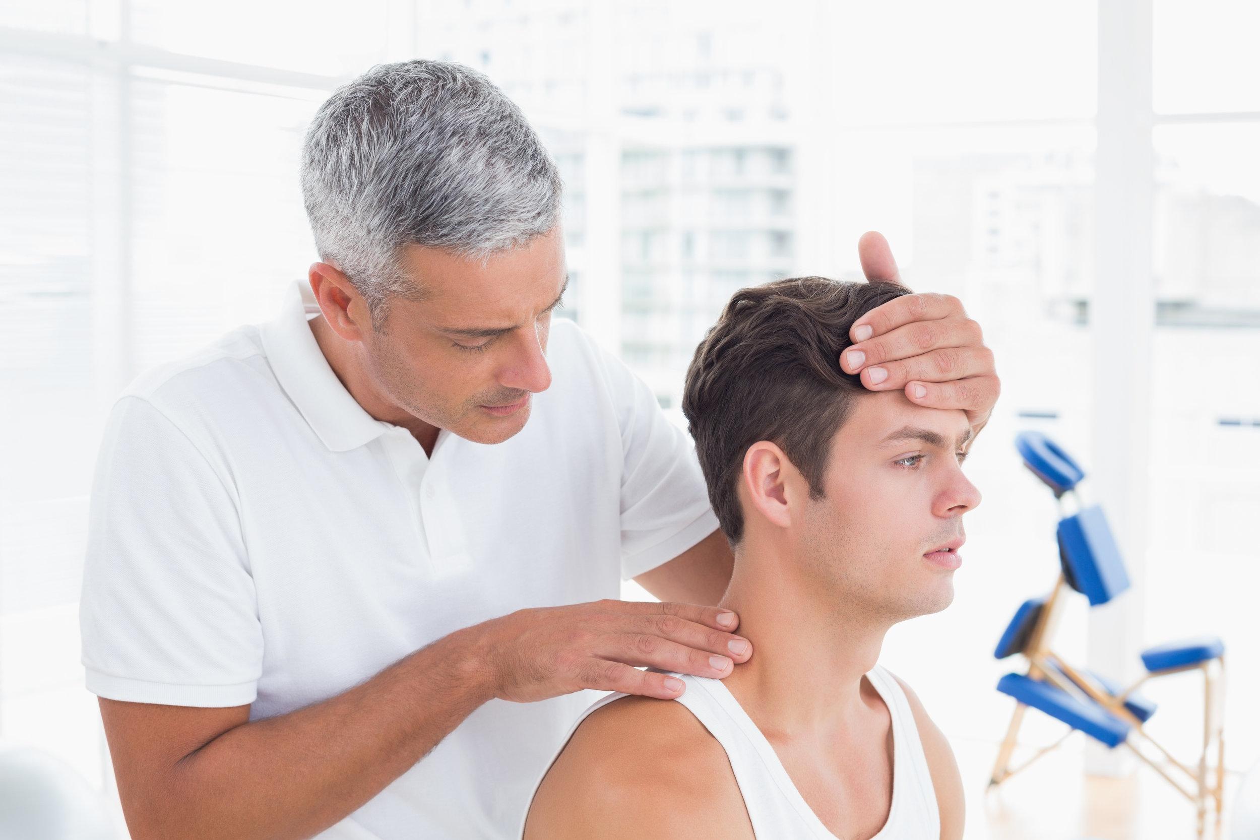 Praxis-Kurse - z.B.: Schleudertrauma in der Praxis ganzheitlich behandeltBachblütenmassageund vieles mehr …