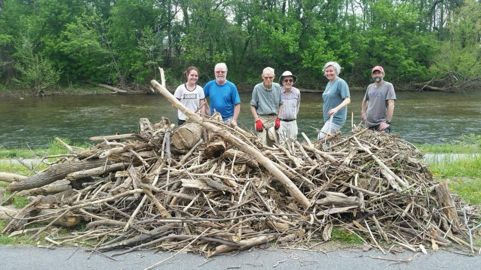 Clean up at the Greenway.jpg