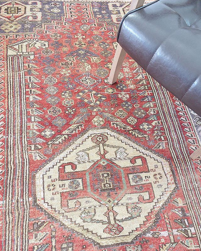 Just listed!❣️3.5x7ft Antique Qashqai Persian Area rug❣️rugcollectiveshop.com #linkinbio