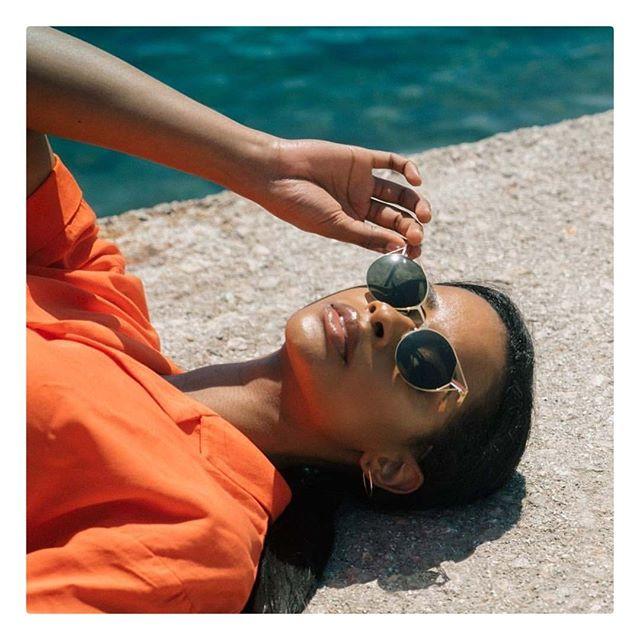lool Eyewear⠀ Mod. Keid⠀ ⠀ #looleyewear #lunakt #regram #silentcolonization⠀ #deco #sunglasses #swimmingpool #shooting⠀ #architectural #barcelona #handmade #eyewear