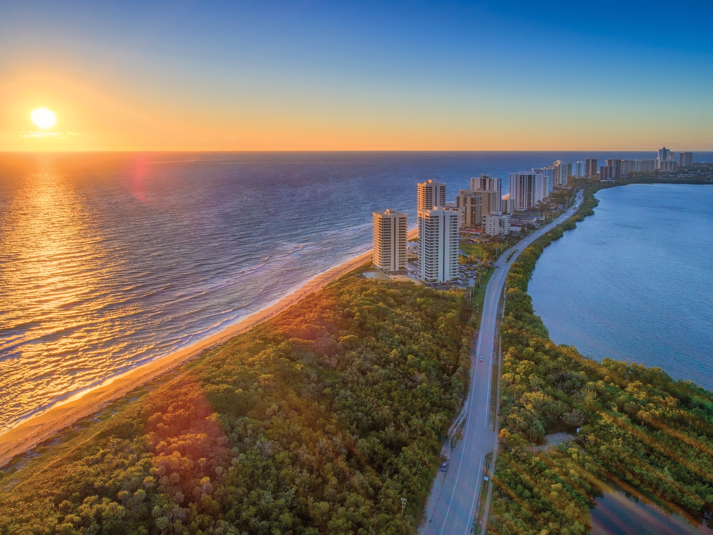 Singer-Island-Condo-Sunrise-Over-Atlantic-Ocean-01.jpg