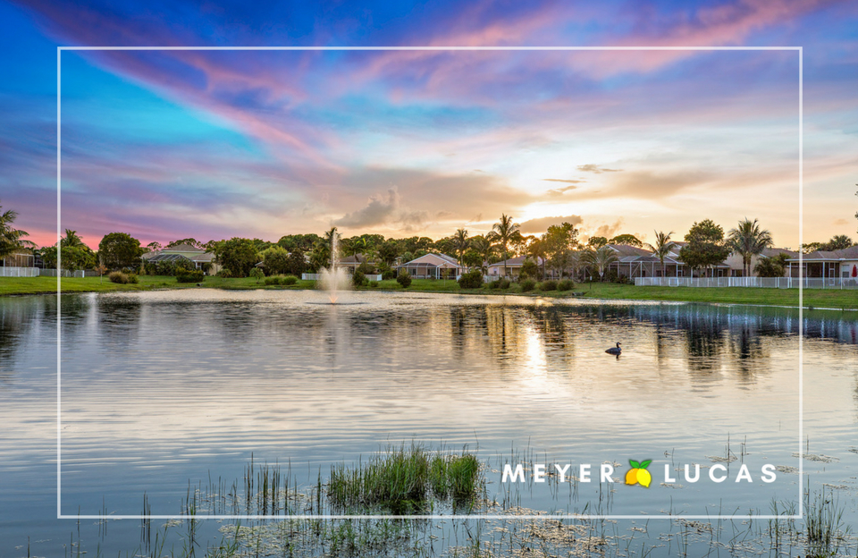 - Spring tree is a gated community with low HOA fees in the heart of Stuart. 10 minute drive to downtown Stuart, fine dinning and shopping. The community features sidewalks, beautiful lake and playground. Springtree is also zoned for excellent Martin county schools.