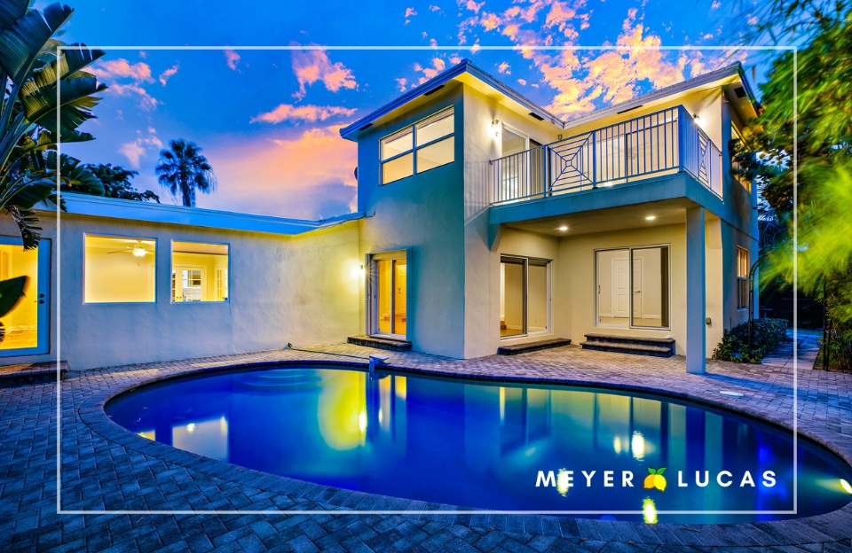 - PRESENTING: charming 4 bedroom pool home on a HUGE waterfront lot in the iconic College Park of the Palm Beaches!Filled with character and charm, 4 Harvard Drive is sure to impress from the moment you enter the front door.