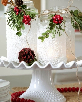 1. Centerpieces - All of your guests will have eyes on what you choose to place at the center of your table, so make it special! Choose a centerpiece that represents everything fun & festive! Think garland, holly, and Holiday colors.