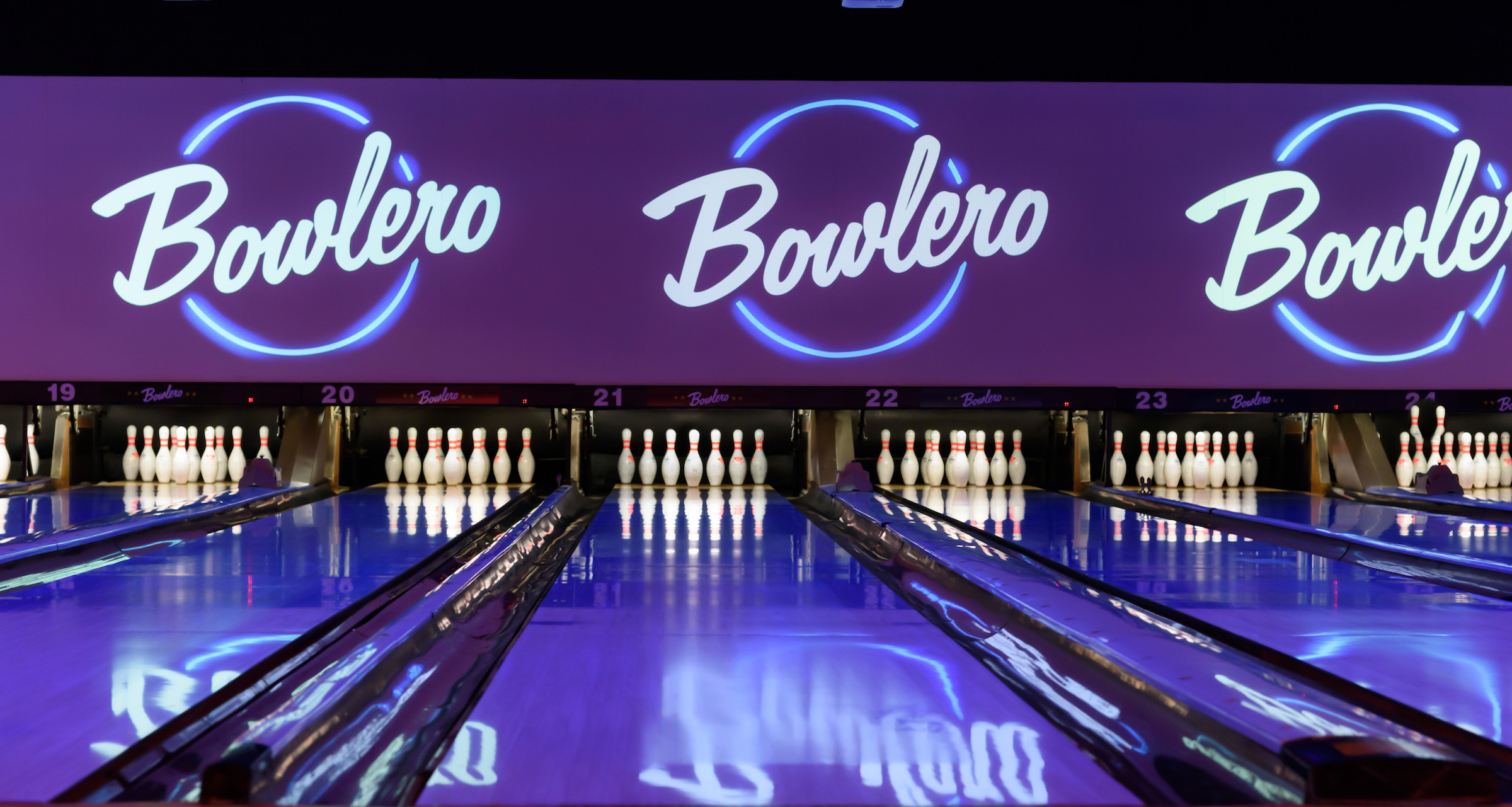 Bowlero Jupiter - Say goodbye to 2018 and hello to the most striking New Year's celebration yet.Bowlero's party packages feature bowling, champagne and sparkling cider toasts, and a lineup of exceptional eats from their signature menus.
