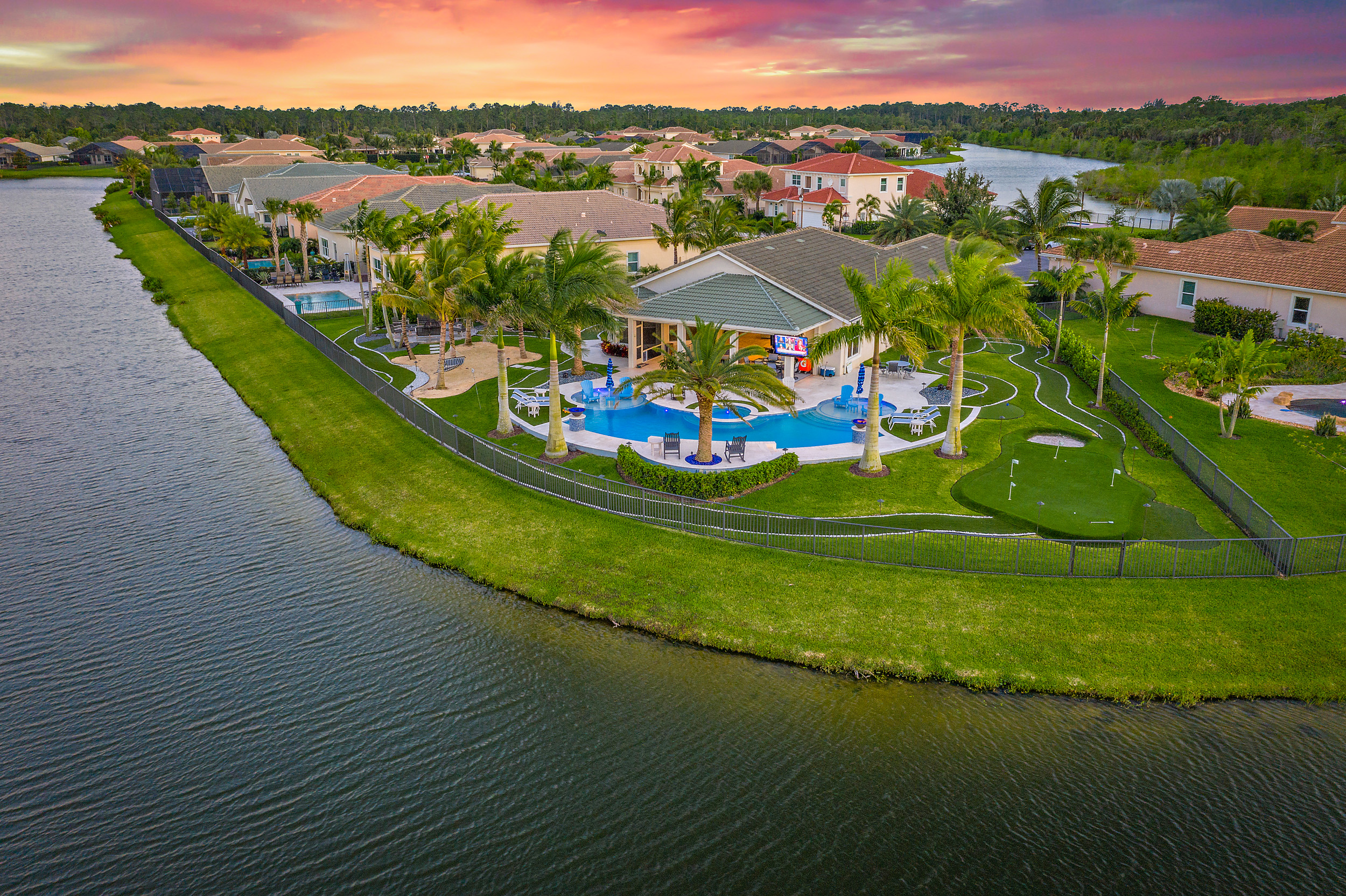 553 Carrara Court Luxury Homes Pool Homes for sale in Jupiter, Florida