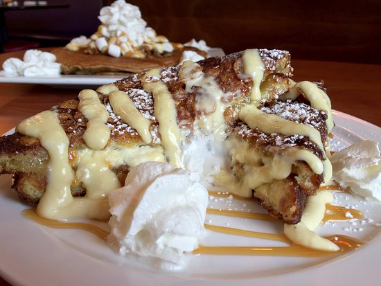 stuffed french toast at berry fersh cafe in jupiter florida.jpg