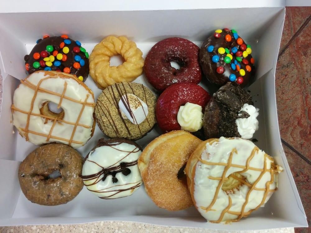 jupiter donut factory in jupiter florida.jpg