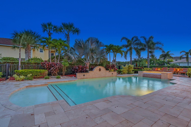 Rialto Pool home for sale jupiter (32).jpg