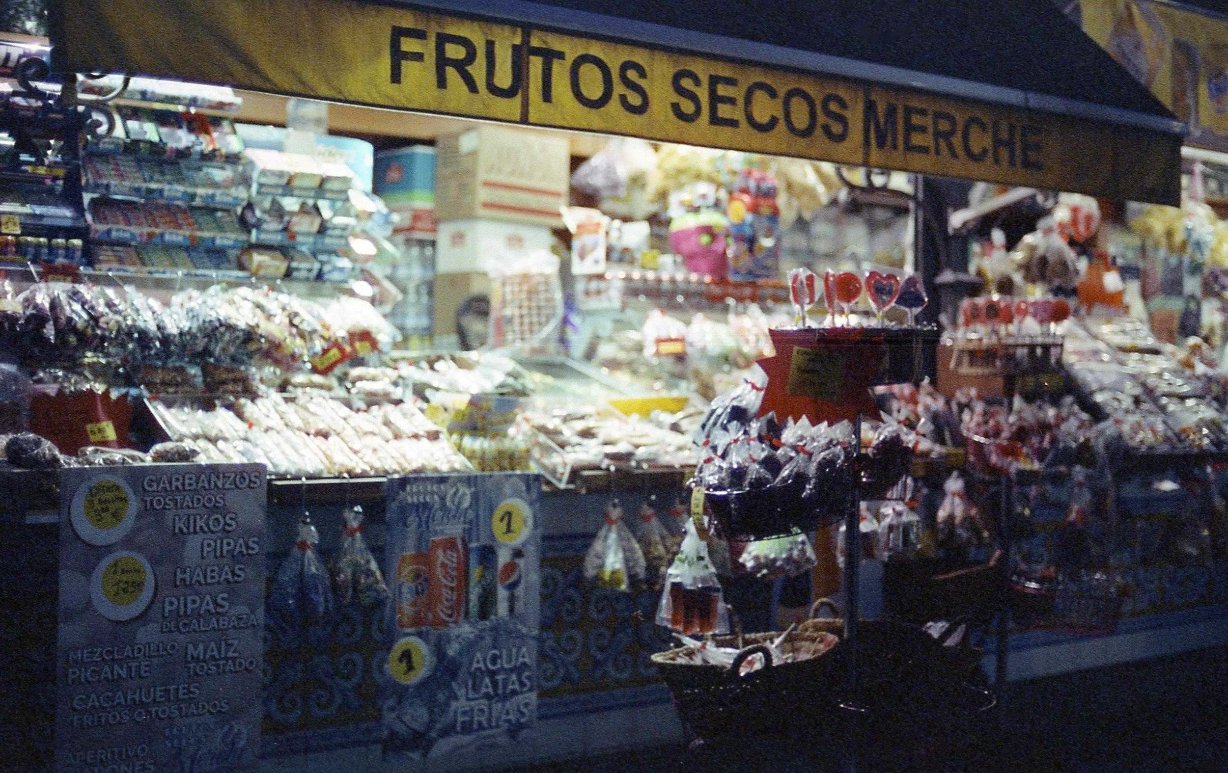 Valencia, Nikon F3, Cinestill 800T