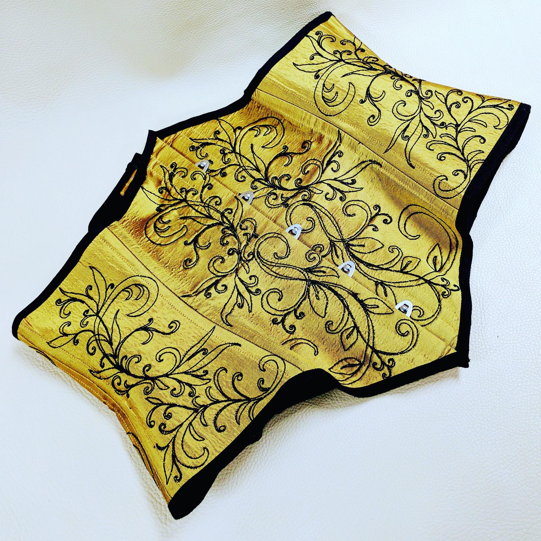 Silk Embroidered Waist Cincher