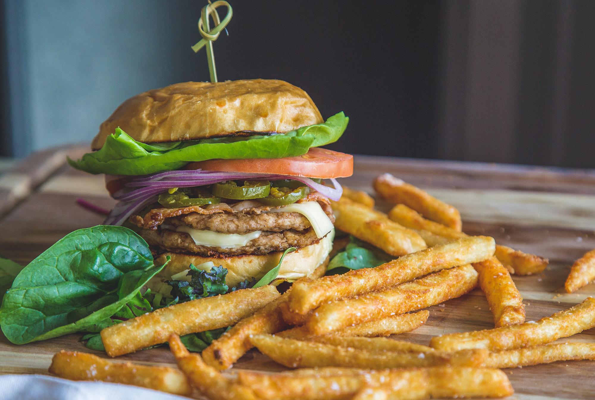 Smashburger at Gravie Kitchen + Commons