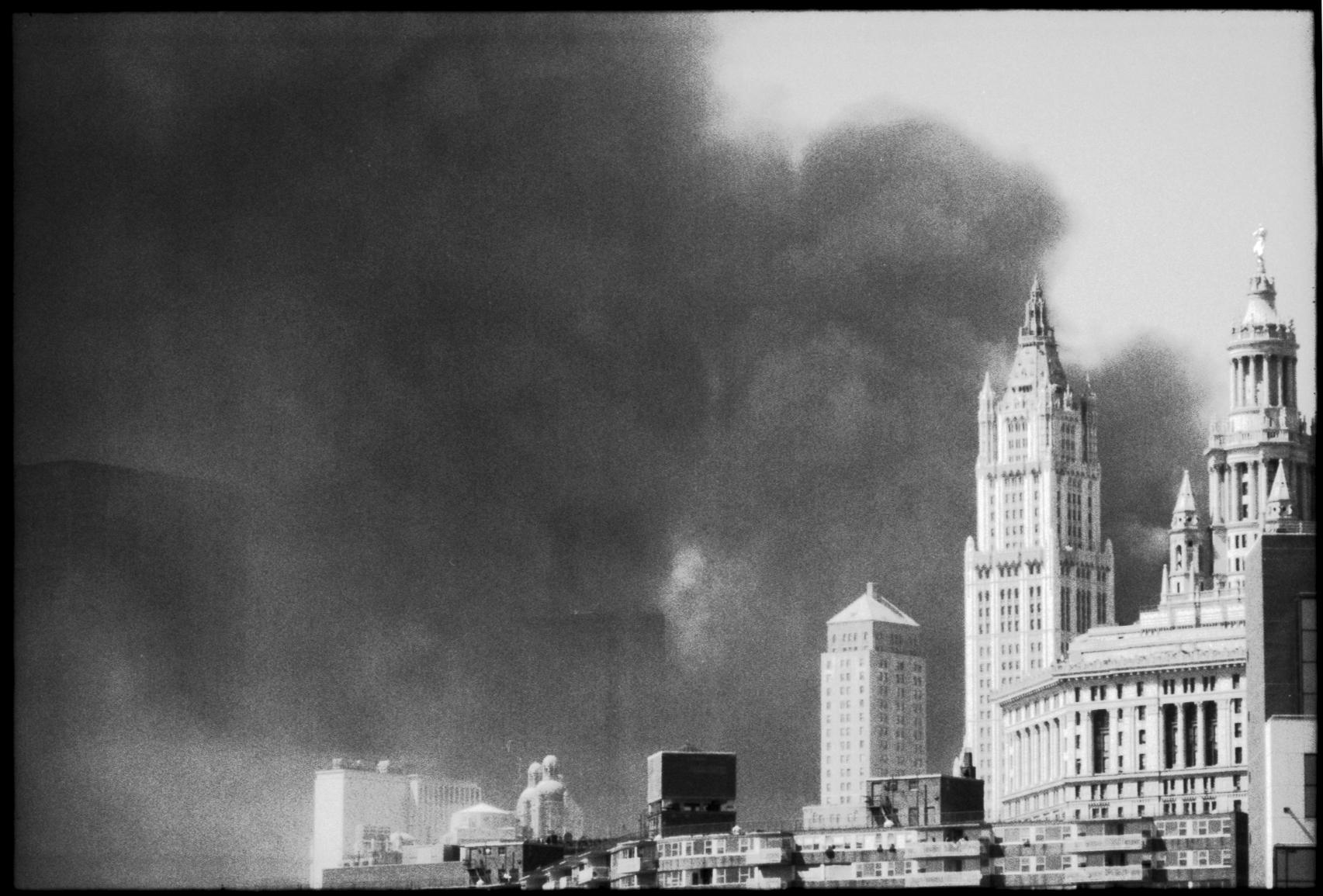 2001_WTC_R004_08b.jpg