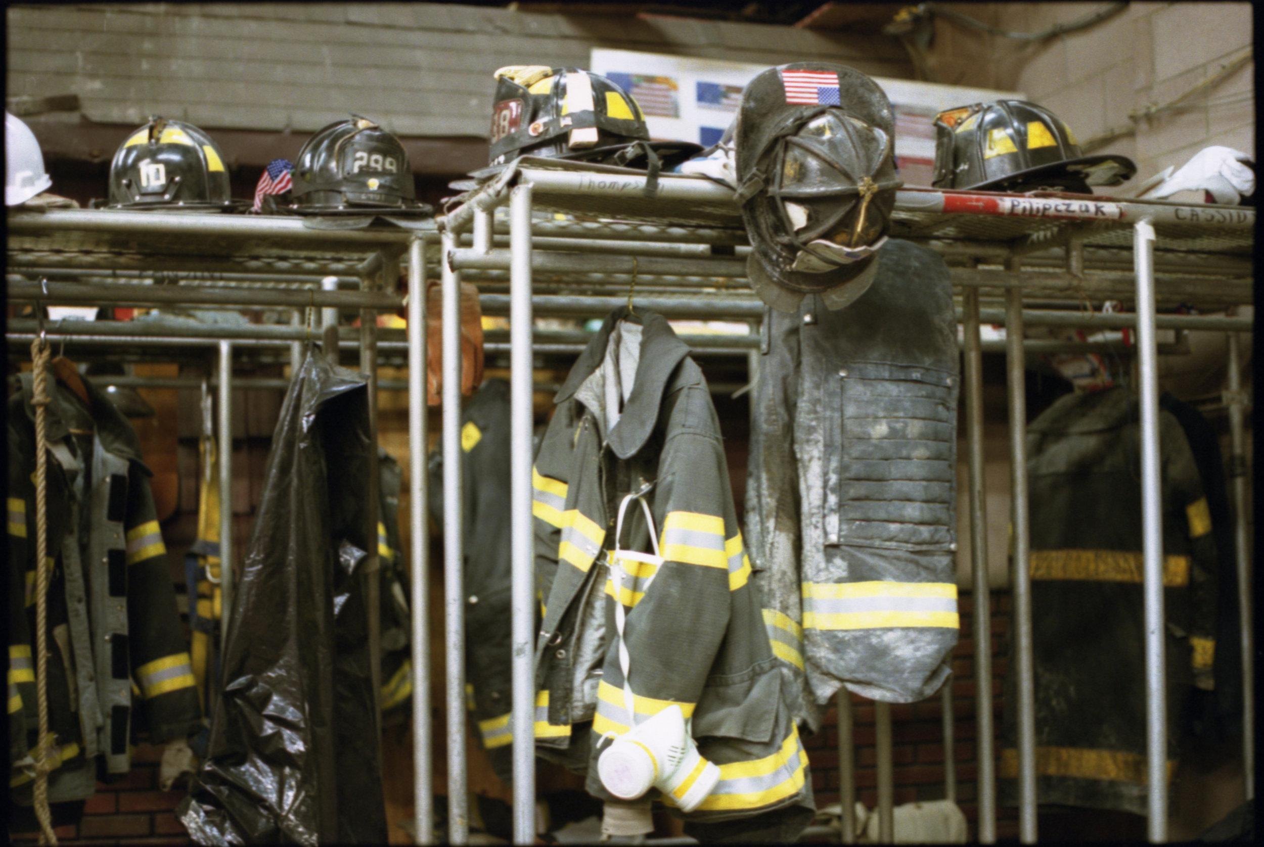 2001_WTC_R056_34A.jpg