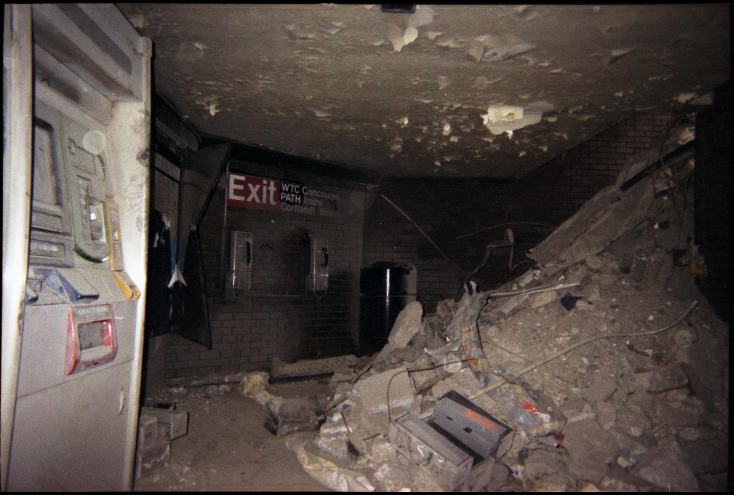 2002_WTC_R101_18A.jpg