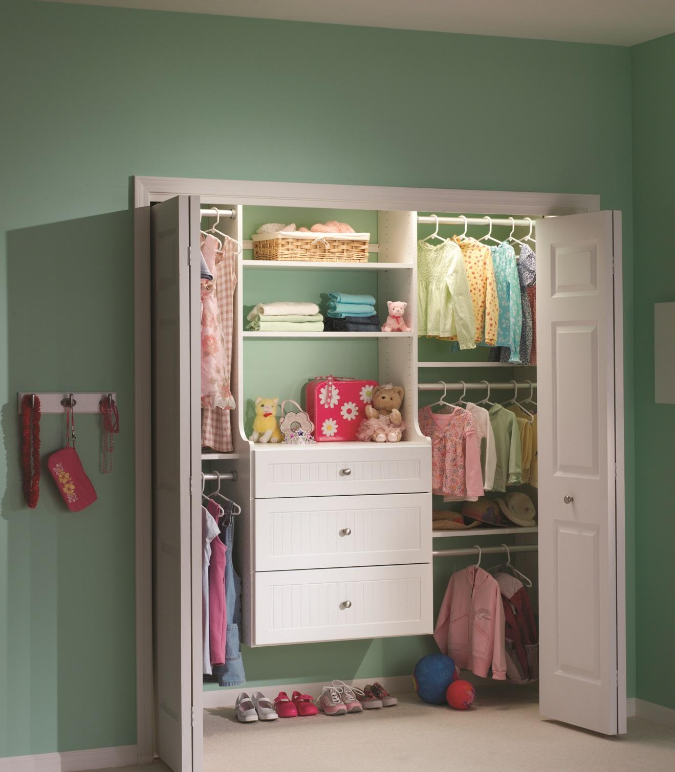 Kid/Teen Closet