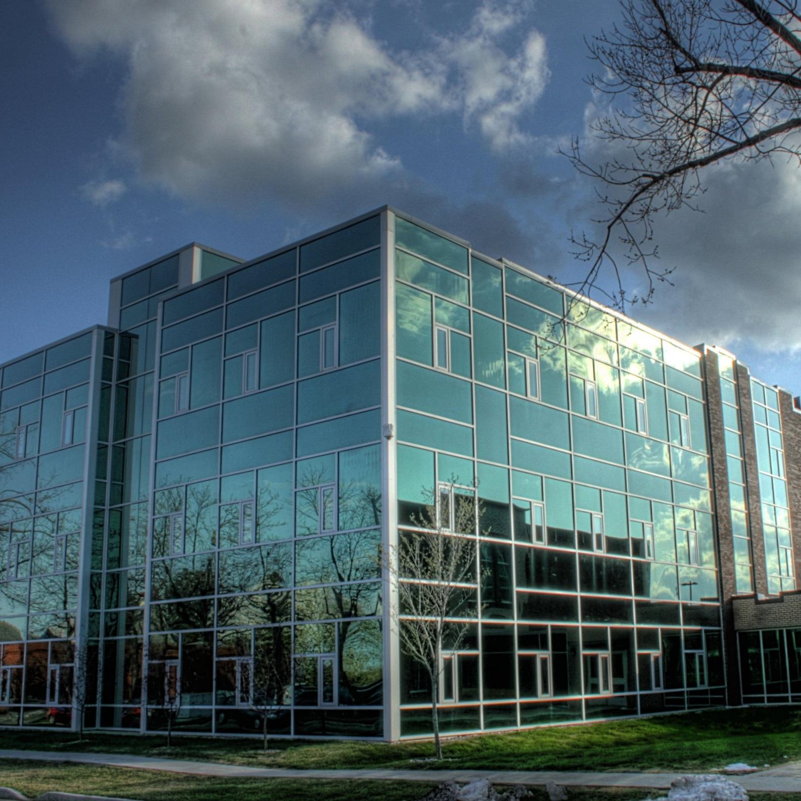 Hole_Academic_Centre_Concordia_College_Edmonton_Alberta_Canada_04A.jpg