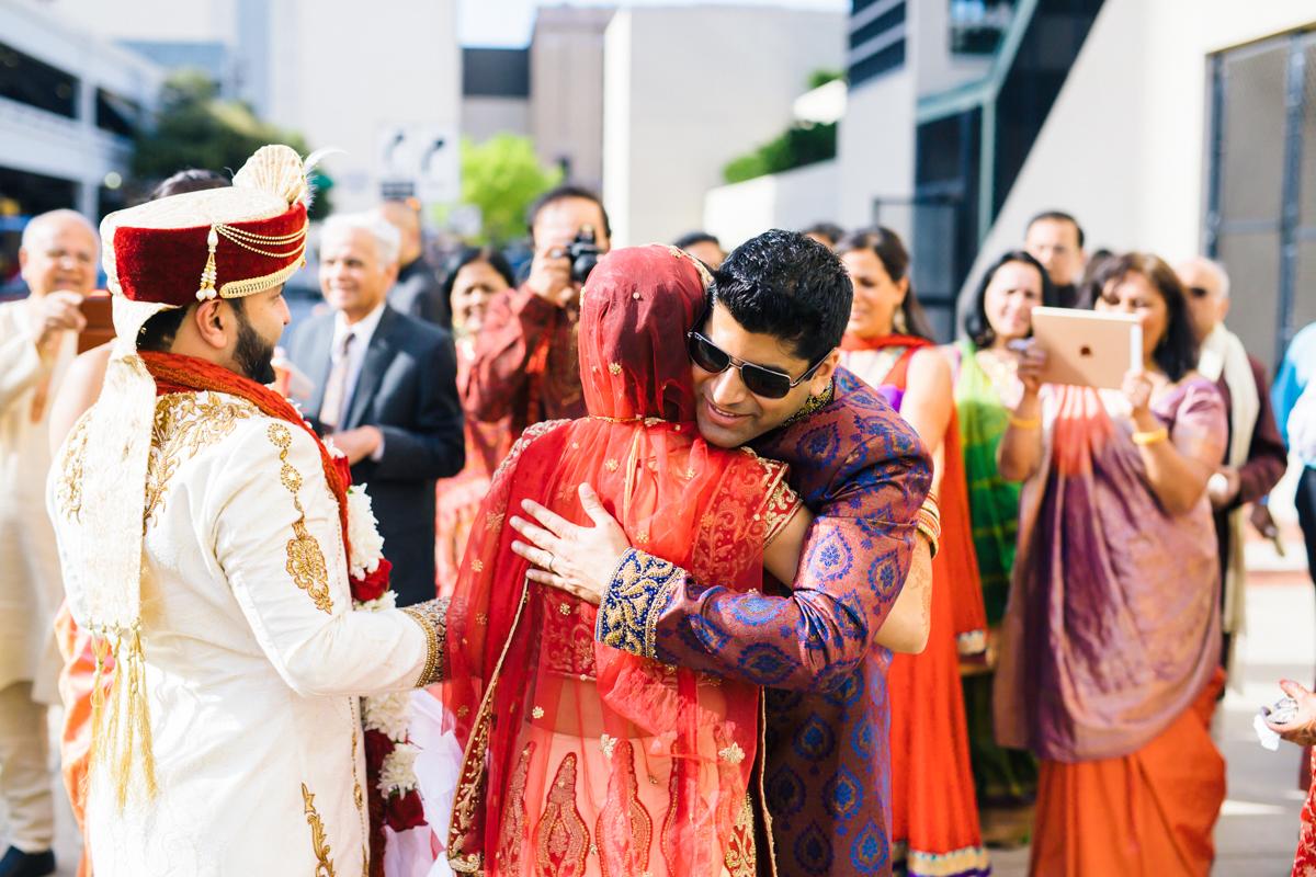 saloni-mirza-fortworth-wedding-photography-134.jpg
