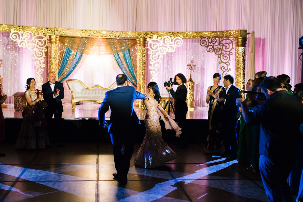 saloni-mirza-fortworth-wedding-photography-148.jpg