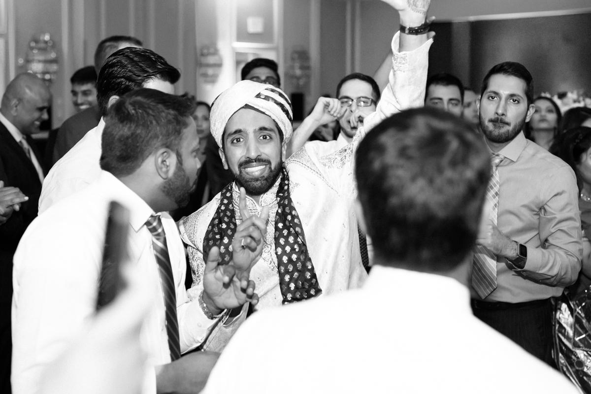 zeenat-shabbir-dallas-wedding-by-williambichara-dallas-photographers-164.jpg