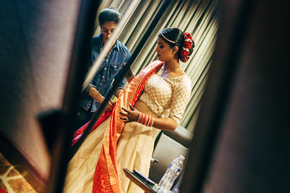 tanu-sayon-hindu-wedding-williambichara-46.jpg