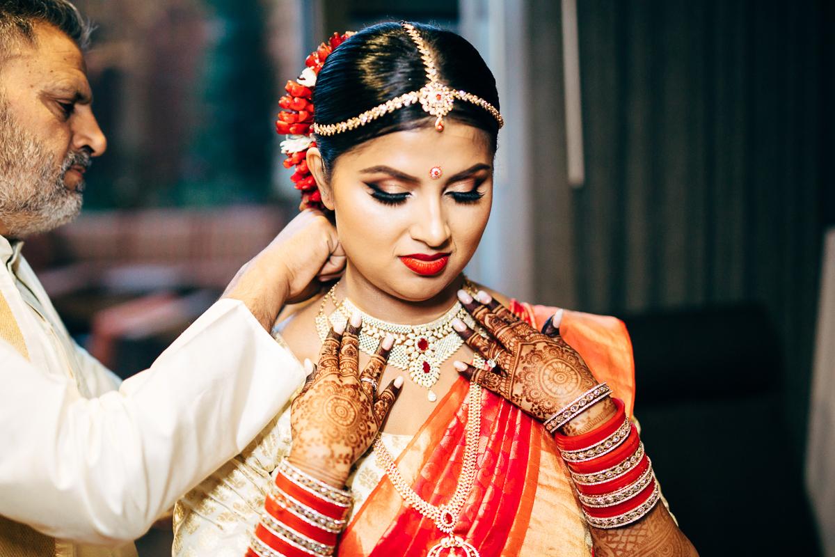 tanu-sayon-hindu-wedding-williambichara-125.jpg