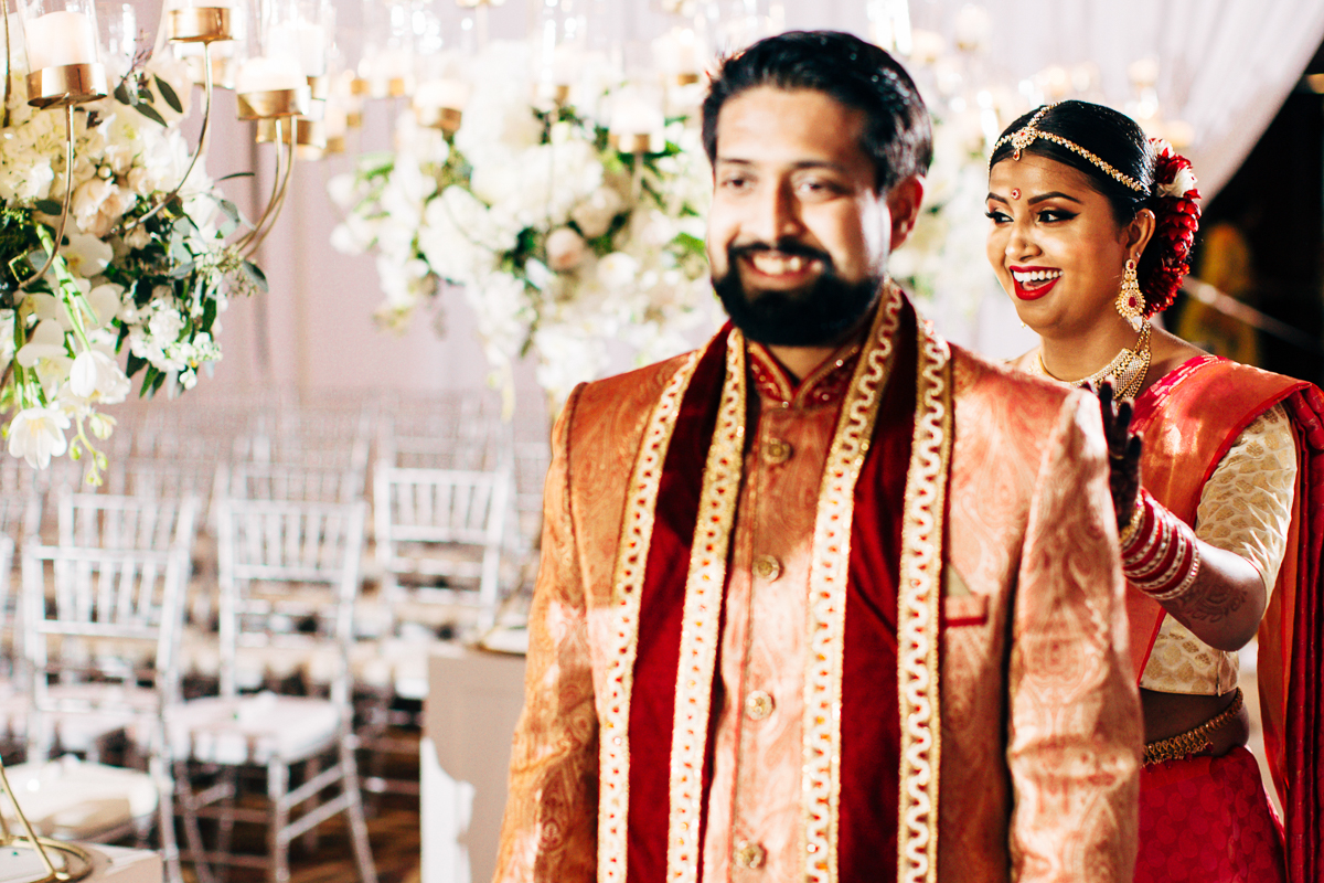tanu-sayon-hindu-wedding-williambichara-155.jpg