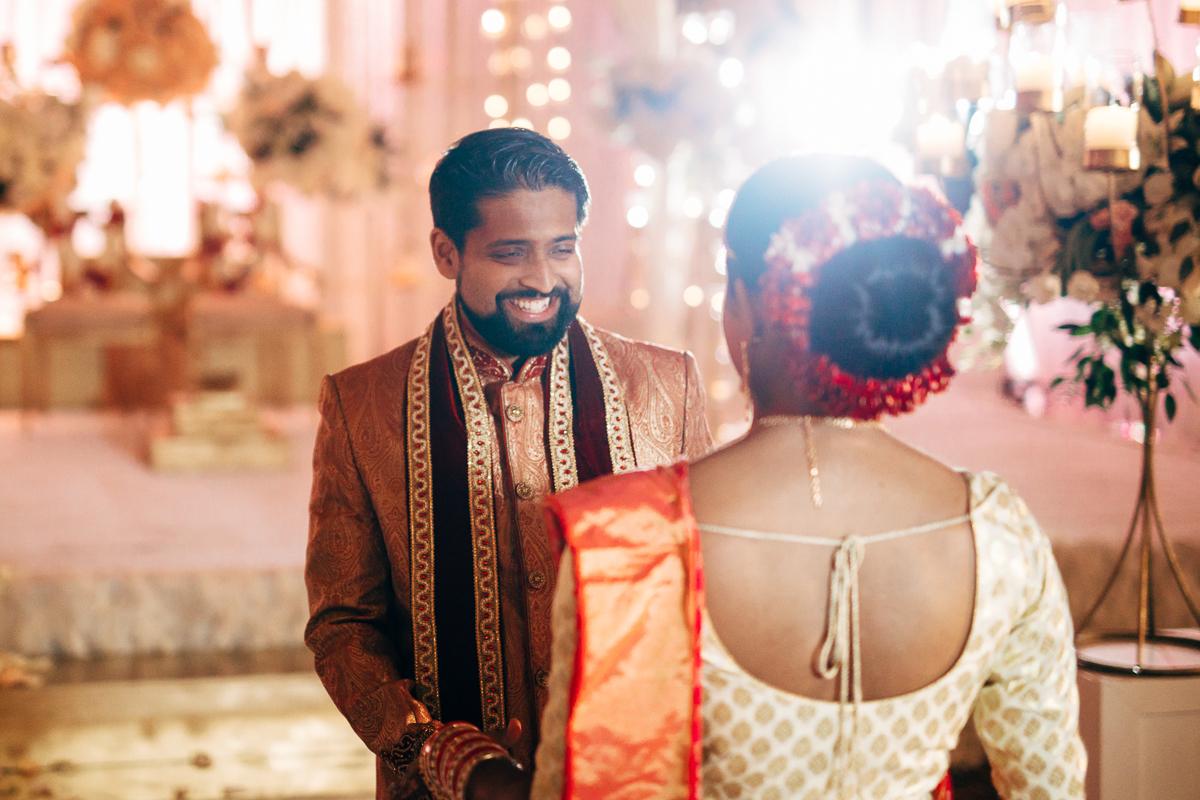 tanu-sayon-hindu-wedding-williambichara-164.jpg