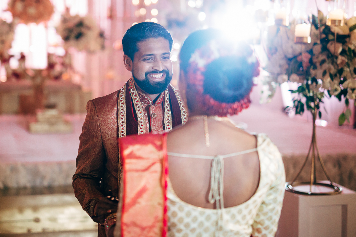 tanu-sayon-hindu-wedding-williambichara-170.jpg