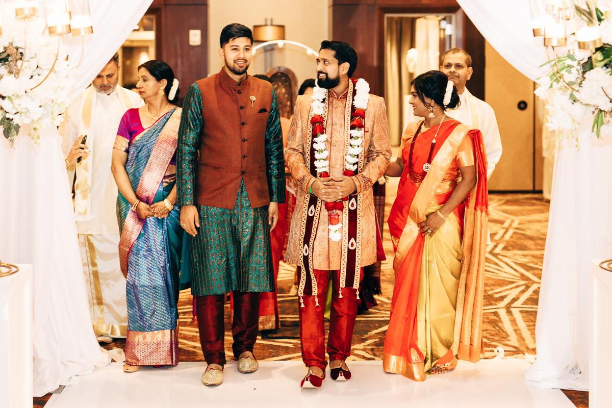 tanu-sayon-hindu-wedding-williambichara-296.jpg