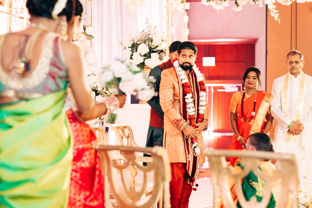 tanu-sayon-hindu-wedding-williambichara-403.jpg