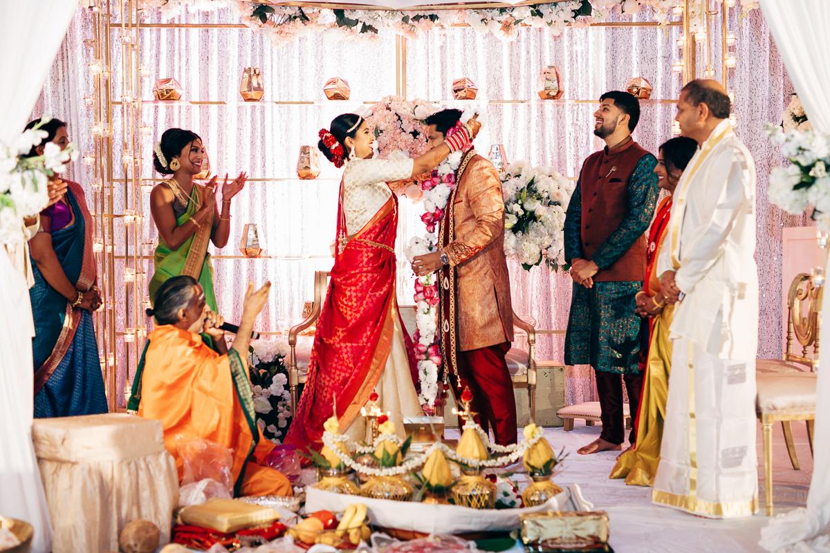 tanu-sayon-hindu-wedding-williambichara-414.jpg
