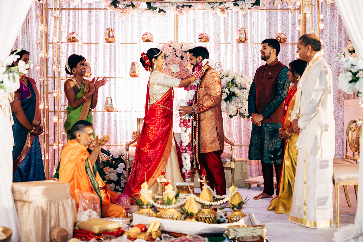 tanu-sayon-hindu-wedding-williambichara-415.jpg