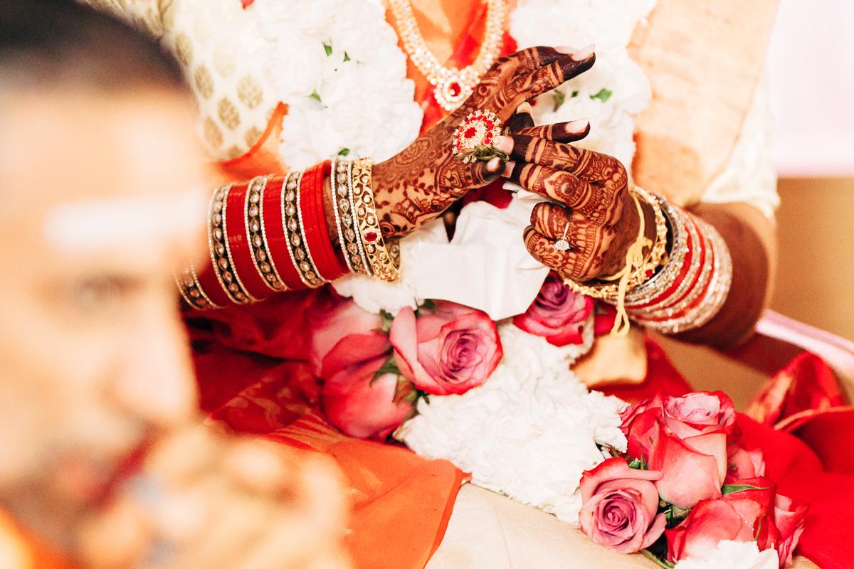 tanu-sayon-hindu-wedding-williambichara-423.jpg