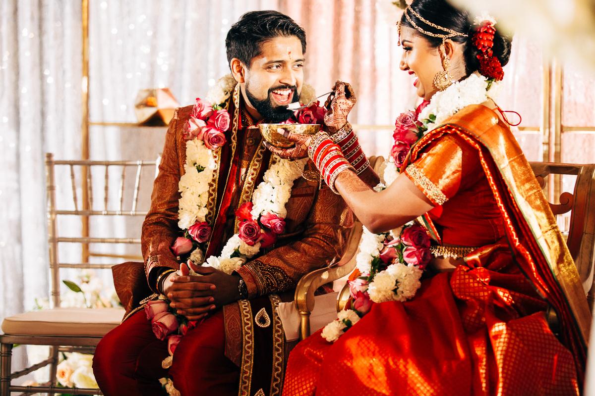 tanu-sayon-hindu-wedding-williambichara-537.jpg