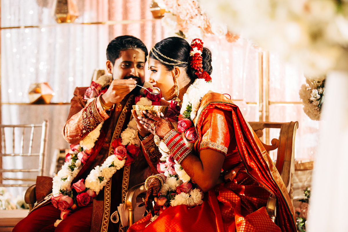 tanu-sayon-hindu-wedding-williambichara-540.jpg