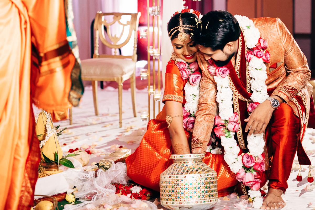 tanu-sayon-hindu-wedding-williambichara-588.jpg