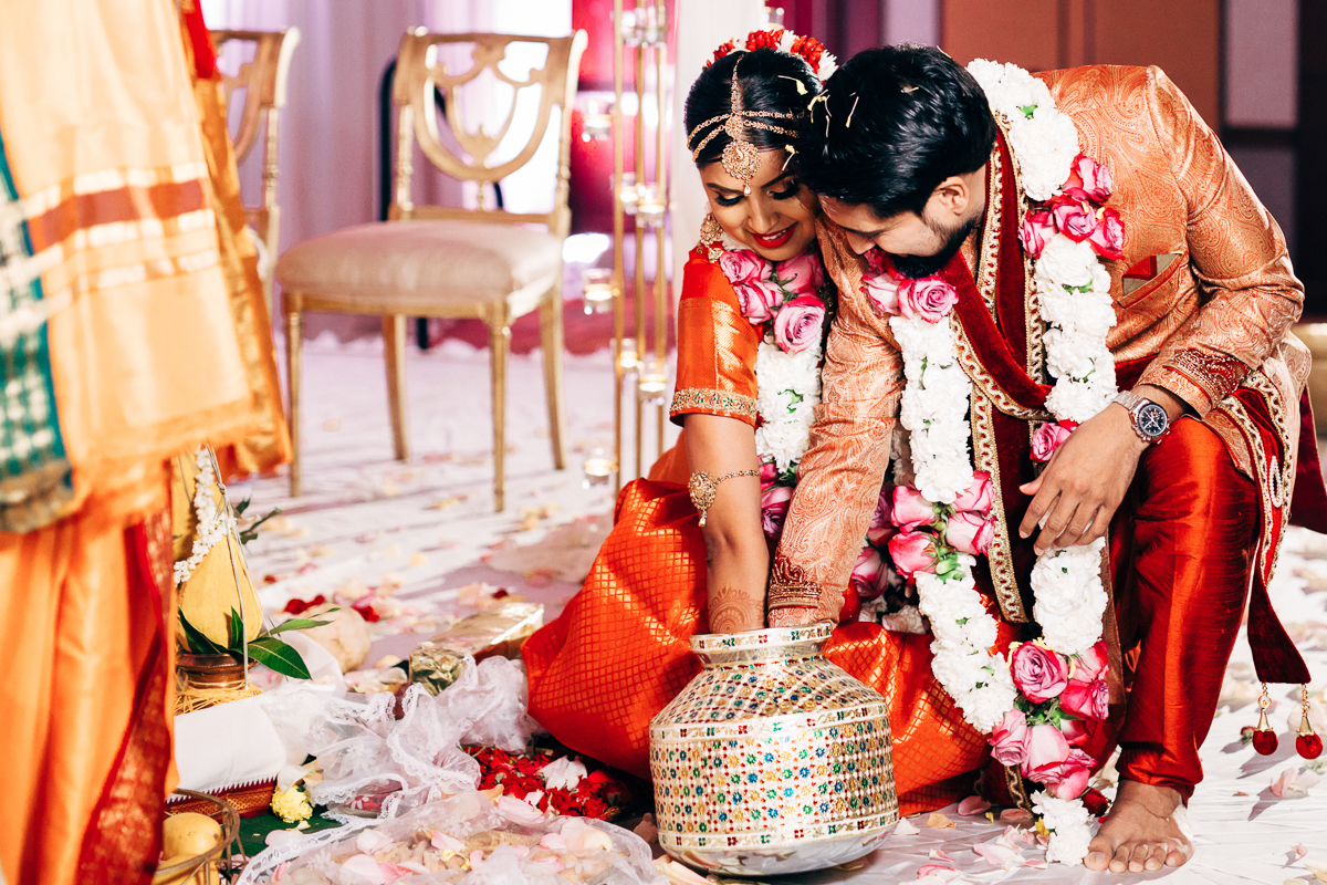 tanu-sayon-hindu-wedding-williambichara-591.jpg